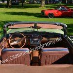 Buick Electra 225 Interieur im Hintergrund ein roter Chevrolet El Camino 402