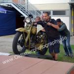Aller Anfang ist schwer... Harley-Davidson wird auf das Podest geschoben