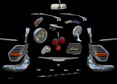 Opel Rekord P2 mit Anbauteilen aus Chrome- und Glasteilen