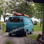 VW Bus T3 bei der Einfahrt zum Parcour