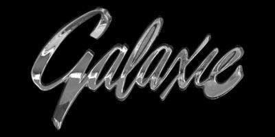 Logo Ford Galaxie auf Armaturentafel von 1961