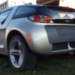 "smart Roadster-Coupé in ""Glance Grey Metallic"" rear view"
