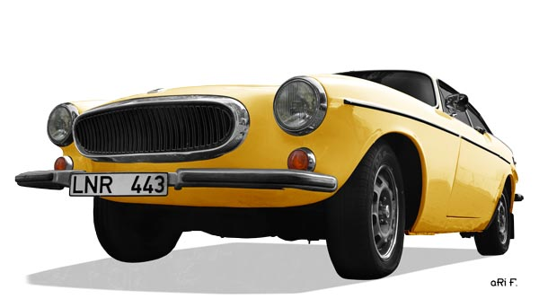 Volvo P1800 ES Poster in yellow