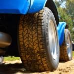 VW Buggy mit Detailansicht auf die Bereifung