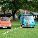 Fiat 500 und Goggo 400 mit Corona Hygienabstand...