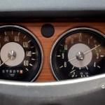 VW 411 mit klassischen Rundinstrumenten