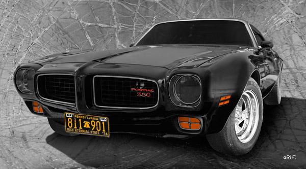 Pontiac Firebird 350 Poster in black