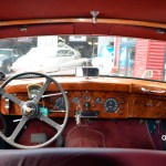 Jaguar Mark IX mit Panoramablick ins Interieur