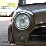 Innocenti Mini Minor 850 Detailansicht auf Scheinwerfer und Blinker