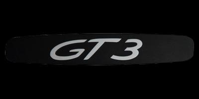 Logo Porsche GT3 in Typ 996 im Einstieg