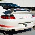 Porsche 911 GT3 RS mit Heckflügelspoiler aus Carbon