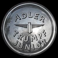 Logo Adler Trumpf Junior Cabriolimousine auf Radkappe 1934-1941