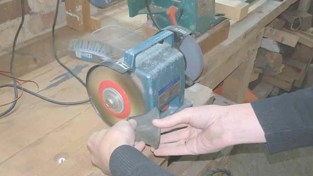 polishing bell with brass wheel