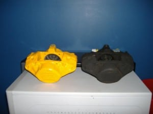 tr7-brake-callipers-painted