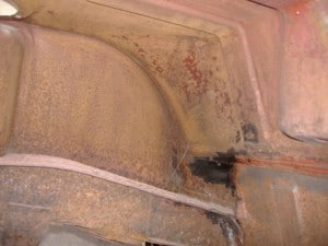 tr7-fuel-tank-area-before-treating
