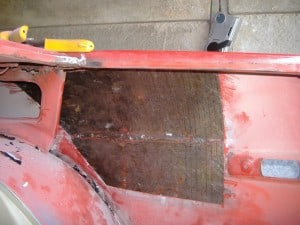 tr7-inner-rear-wing-deadening-panel-removed
