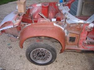 tr7-wheelarch-test-fit-4