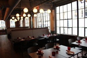 Bar Deco - Dining Room