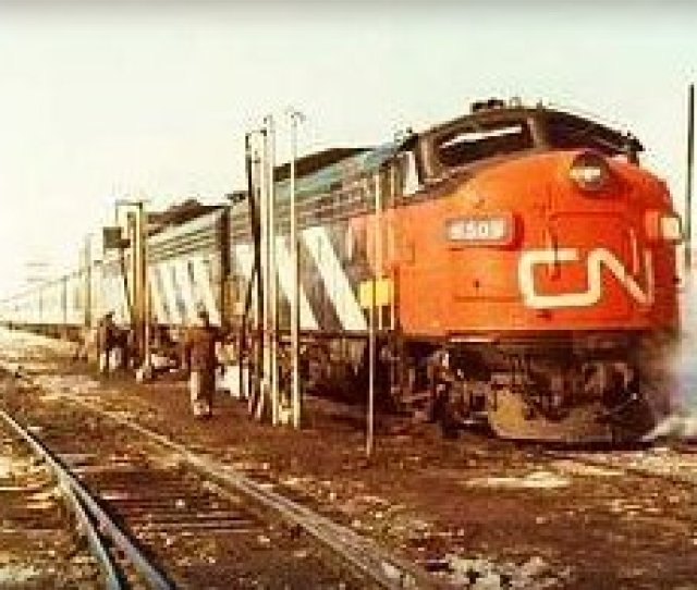 Your Railway Pictures Com  C2 B7 This Site Includes Train Stations Railway Bridges Steam Locomotives And Old Diesel Locomotives