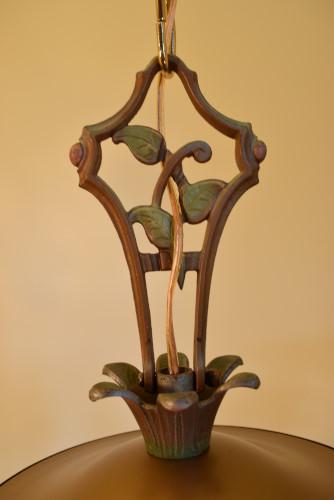 Vine chandelier center stem