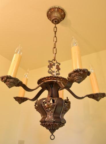 Riddle chandelier, full view, unlit