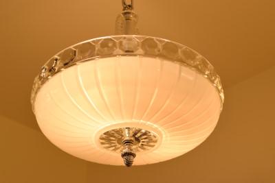 Silver Pinecone, lit
