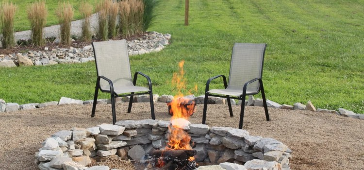 How To Create A Beautiful, Inexpensive Backyard Fire Pit