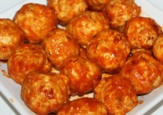 Slow Cooker Buffalo Chicken Meatballs - a quick and easy appetizer recipe!