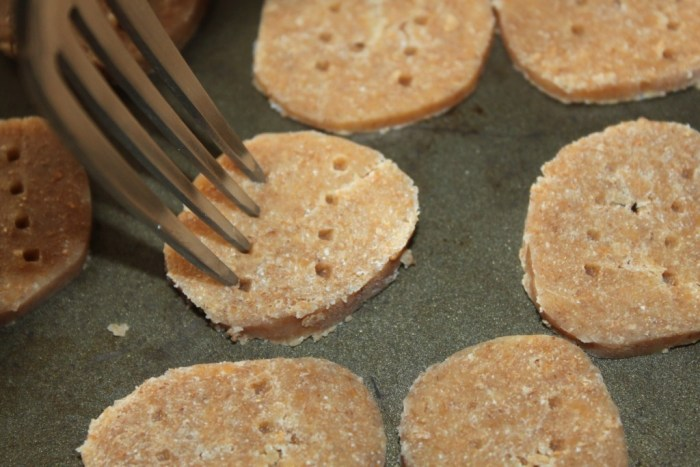 I poke each cracker with a fork - purely for obtaining that cracker look.