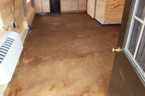 Acid Staining Our Concrete Floors An Expensive Look At Little Cost