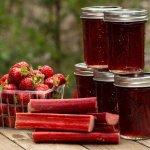 strawberry rhubarb jam