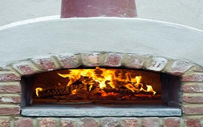 Creating An Inexpensive DIY Outdoor Pizza Oven - Wood ...