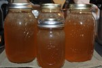How to make and can chicken or vegetable stock