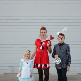 Alice in Wonderland Halloween Costumes for Siblings