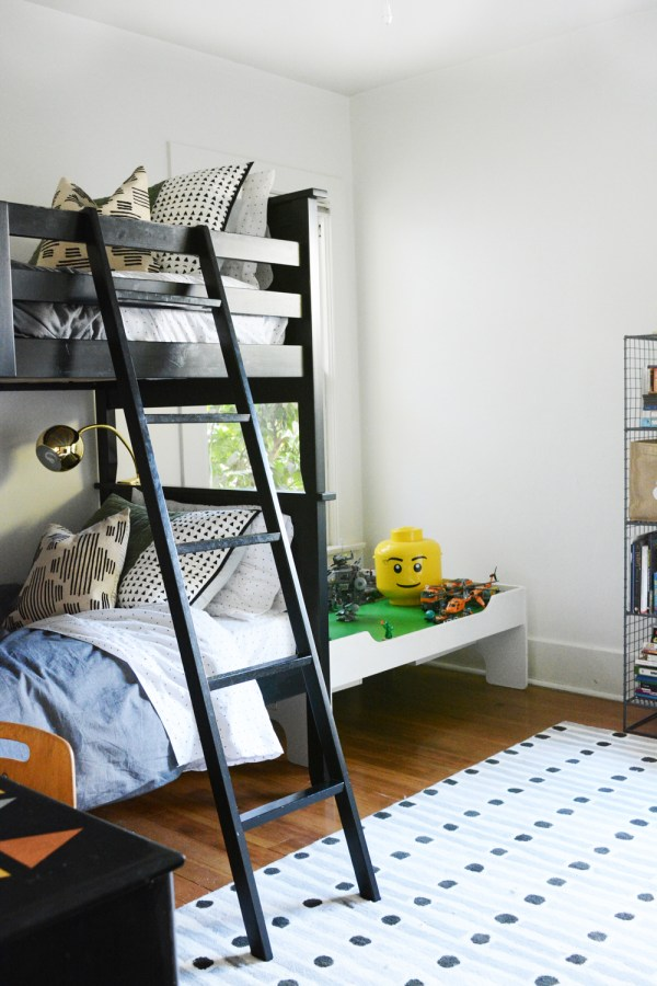 tween boy room