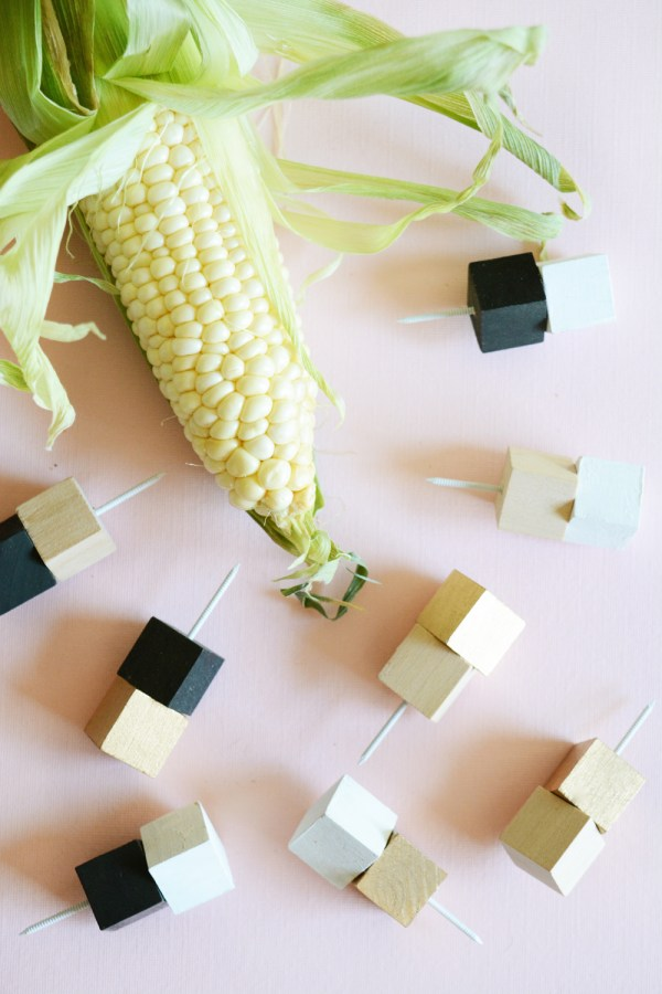 _corn holders 10