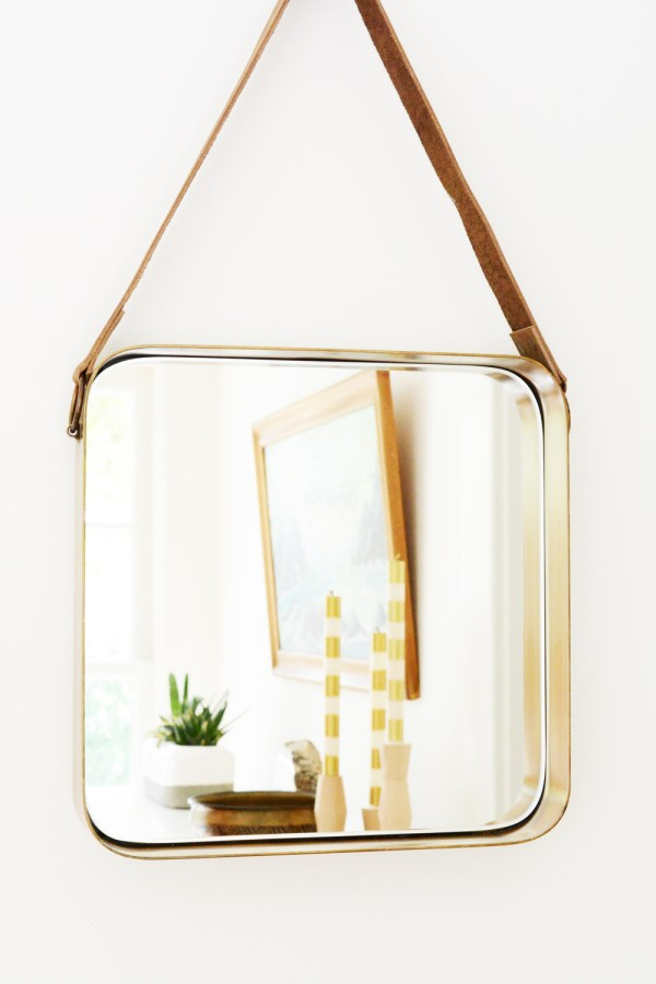 Sunroom - mirror with leather strap
