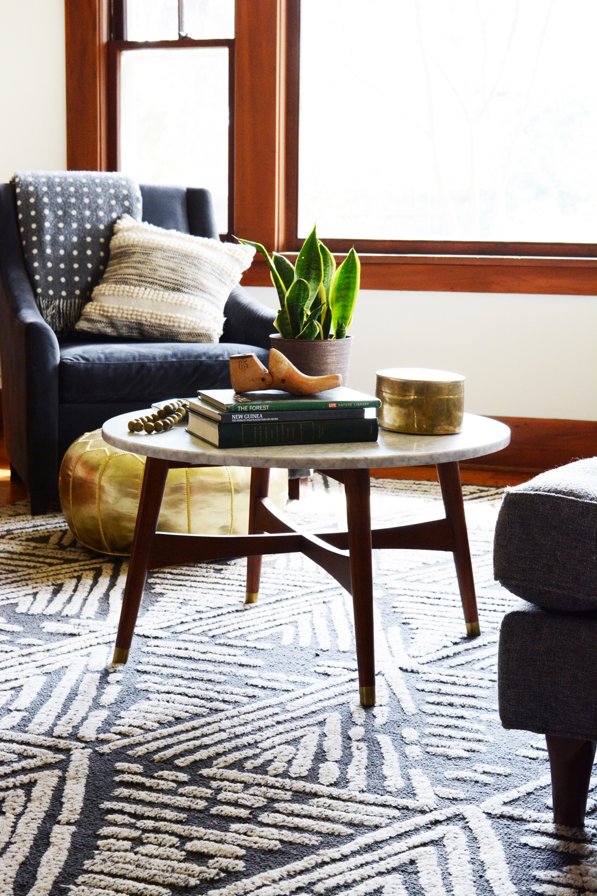 High Quality 24 Stylish Coffee Tables Under $200