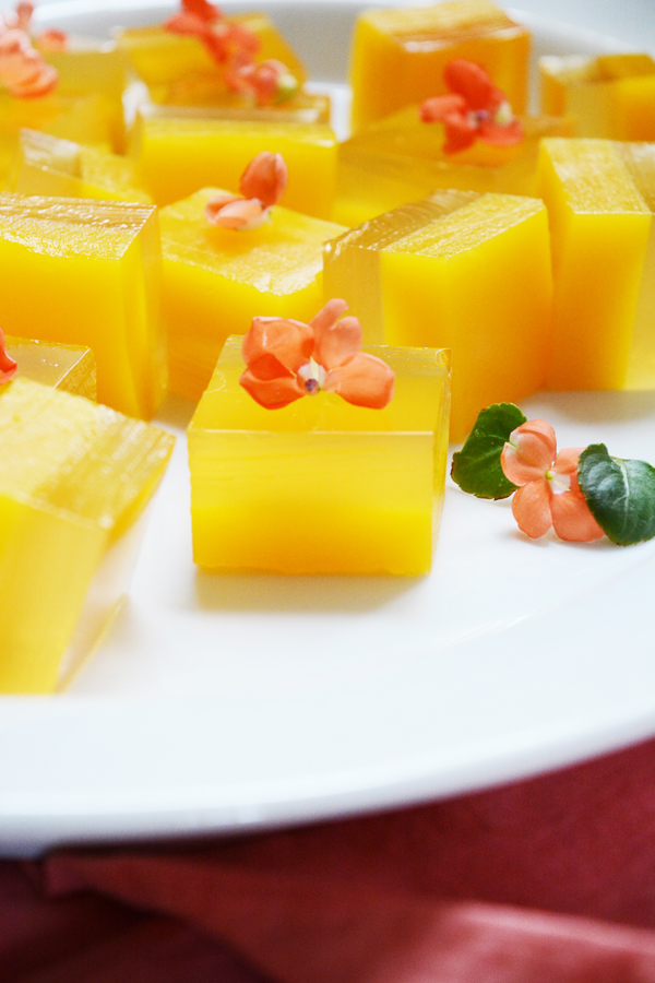 Orange Mango Mock-Mimosa Jello Shots