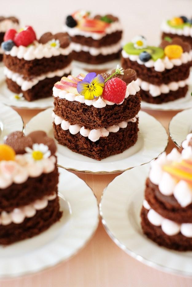 Mini Naked Chocolate Cake Hearts - Small Individual Heart