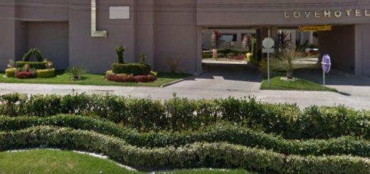 Encuentran a pareja muerta en motel en León