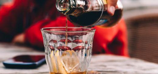 Lanzará Coca-Cola su primera bebida con alcohol