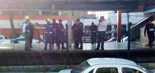 Hombre se suicida en vías del Metro en México