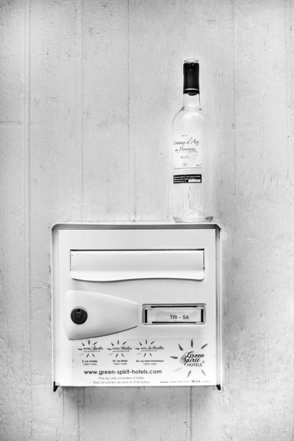 Un photographe professionnel a paris bouteille
