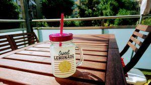 Limonada en la terraza