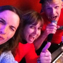 Cantando con los camareros