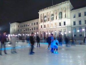 ETH y pista de hielo en Navidad, que ver y hacer en Zurich