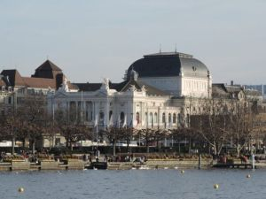 Opera de Zurich, que ver y hacer en Zurich