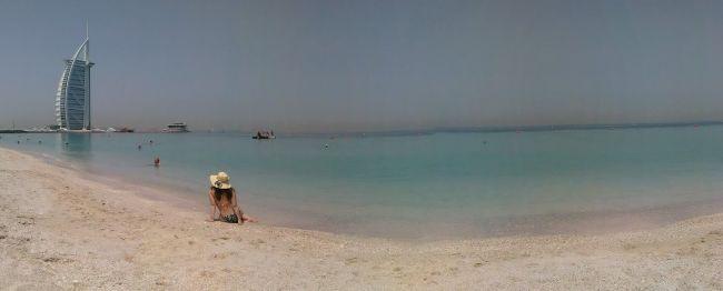 Yo, la playa pública de Dubai, mayo 2015