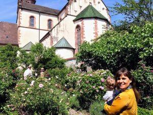 Gengenbach, jardín de flores de la Iglesia